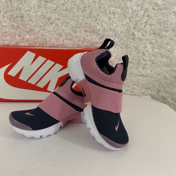 c8cd6b8362 Nike Shoes   Presto Extreme Little Girls Sneaker Size 13   Poshmark